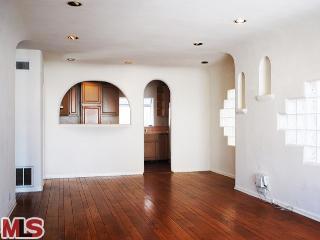 3607 ALMA Avenue, Manhattan Beach, California 90266, 2 Bedrooms Bedrooms, ,For Rent,ALMA,13696137