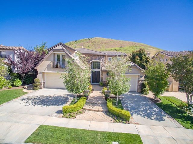 3090 Heavenly Ridge Street, Thousand Oaks, CA 91362