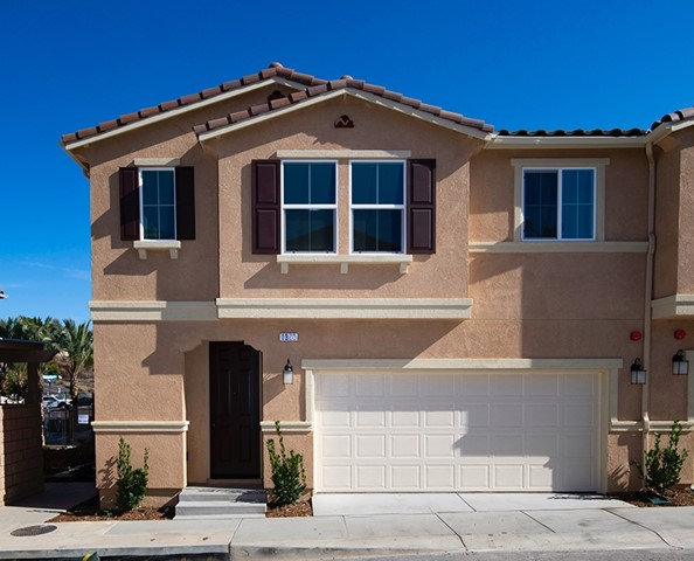 1360 Palo Verde Way, Vista, CA 92083