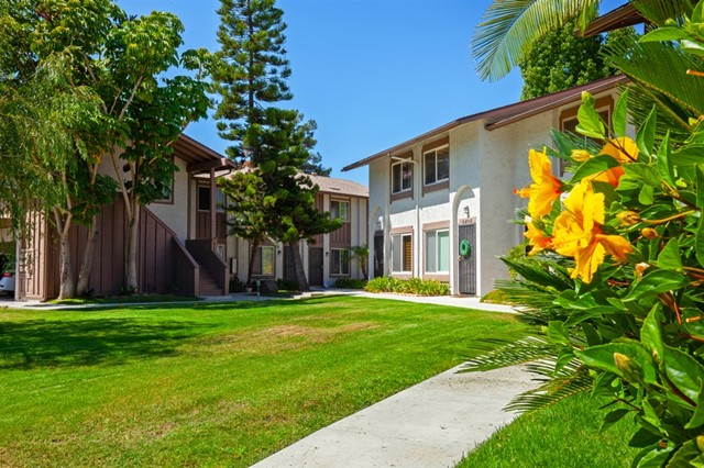 6401 Bell Bluff Ave, San Diego, CA 92119
