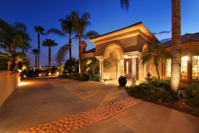 2411 Oak Canyon Place, Escondido, CA 92025