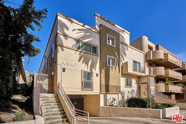 LOCATION!! LOCATION!! LOCATION!! Beautifully maintained and centrally located Large 3 bedroom, 3 bathroom condominium located just minutes away from Larchmont Village and Hancock Park. Built-in 2011, ONE OF THE MOST DESIRABLE LOCATIONS IN ALL OF LOS ANGELES. NEAR HANCOCK PARK & LARCHMONT VILLAGE. The spacious master bedroom features a large walk-in closet with plenty of room for your clothes and accessories. A washer and dryer is conveniently located inside the unit and the condo also features central air conditioning and heat. There is Side by Side parking for two vehicles in the gated parking garage and Guest parking available. Private Roof Top access directly from the unit. Don't miss this opportunity to live in a beautiful turn-key unit!  CONDOS WITH ALL SEPARATE APN: 5522-017-073, 5522-017-074, 5522-017-075, 5522-017-076, 5522-017-077.  UNITS B, C, D, E ARE TENANT OCCUPIED, UNIT A AVAILABLE FOR VIEWING.  PLEASE NOTE VIDEO LINK AS WELL.  https://youtu.be/elHhxLYv738