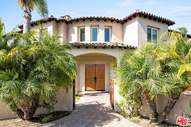 1617 CHESTNUT Avenue, Manhattan Beach, California 90266, 5 Bedrooms Bedrooms, ,4 BathroomsBathrooms,For Sale,CHESTNUT,19510770