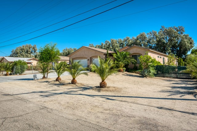 19486 Prickly Pear Trail, Desert Hot Springs, CA 92241