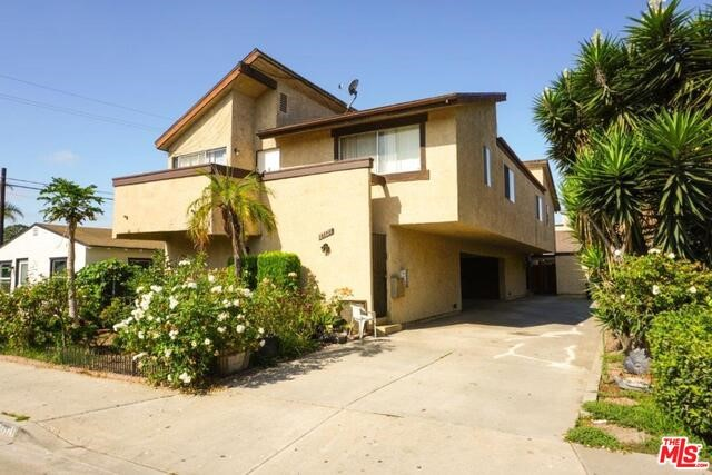 17121 ASH Lane, Huntington Beach, CA 92647