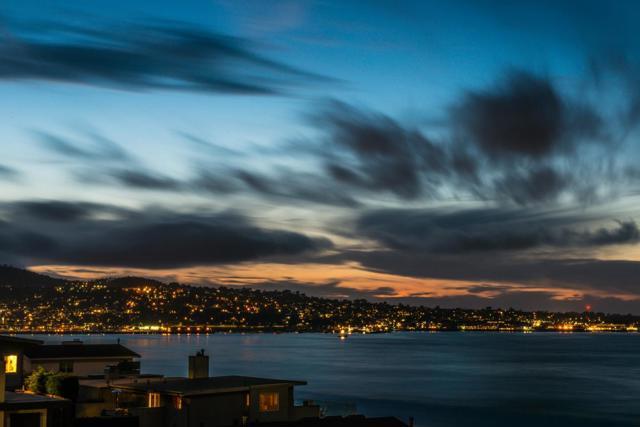 2. 125 Surf Way #438 Monterey, CA 93940
