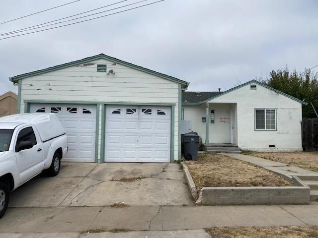 1049 Acosta Street, Salinas, CA 93905