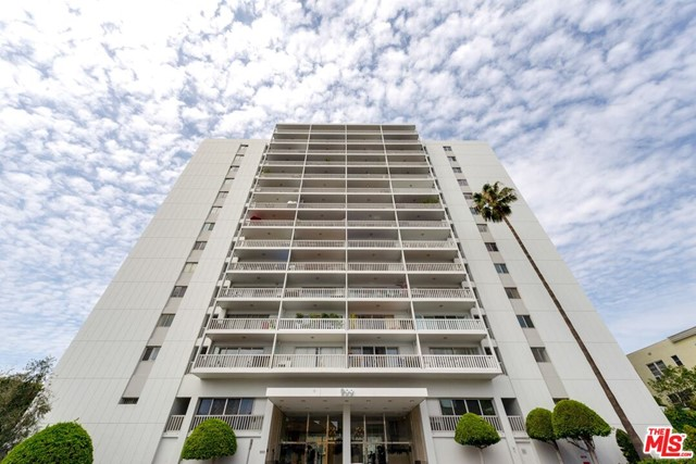 Photo of 999 N DOHENY Drive #1104, West Hollywood, CA 90069