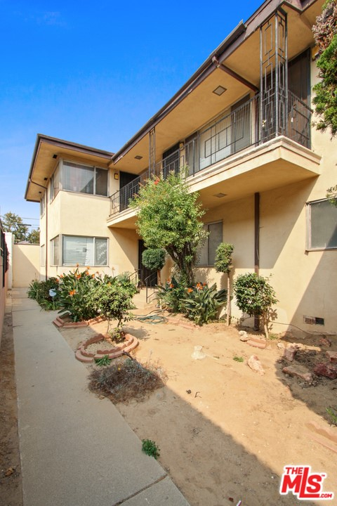2333 W Imperial Hy, Inglewood, CA 90303 Photo
