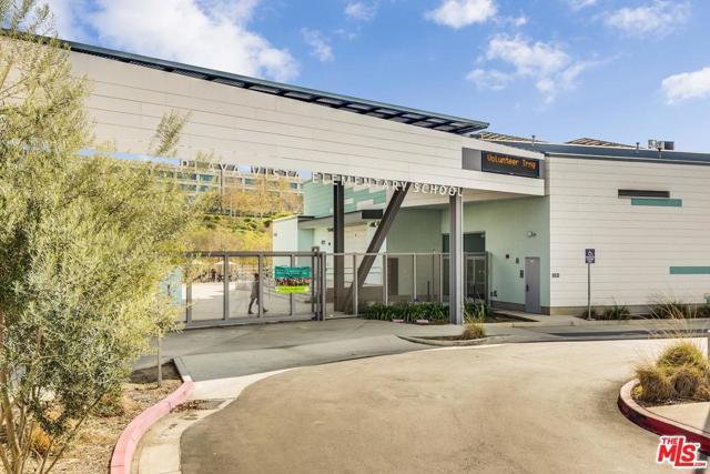 5838 Lantern Ct, Playa Vista, CA 90094 Photo 22