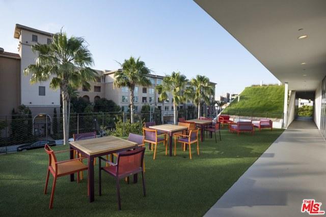 6020 S Seabluff Dr, Playa Vista, CA 90094 Photo 23