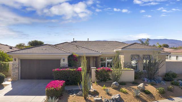 121 Brenna Lane, Palm Desert, CA 92211