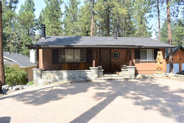 1480 Twin Lakes Drive, Wrightwood, CA 92397