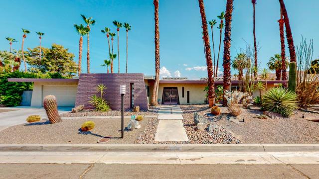 5337 E Lakeside Drive Palm Springs, CA 92264