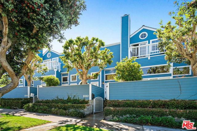 1112 EMERALD Street, Redondo Beach, CA 90277