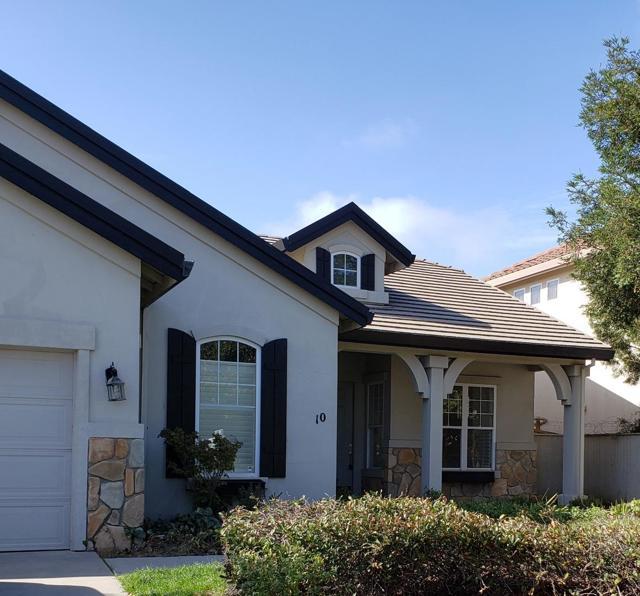 10 Elizabeth Circle, Salinas, CA 93906