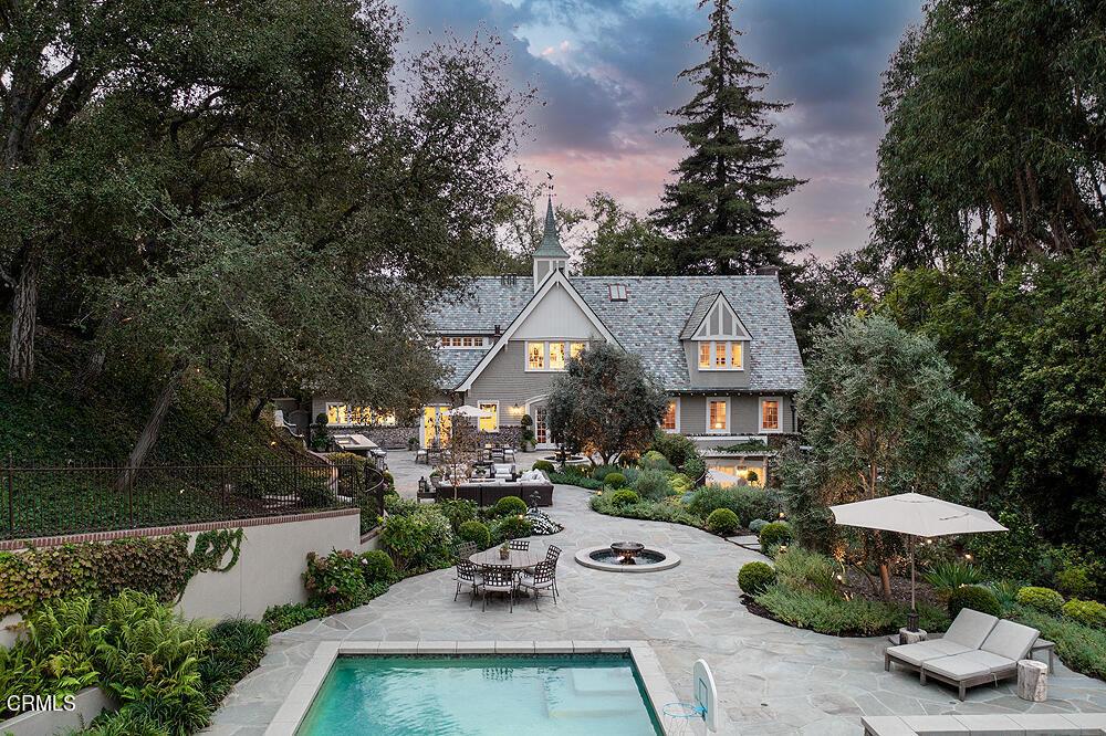 Photo of 1240 S Grand Avenue, Pasadena, CA 91105