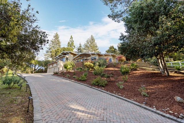 608 California Way, Redwood City, CA 94062