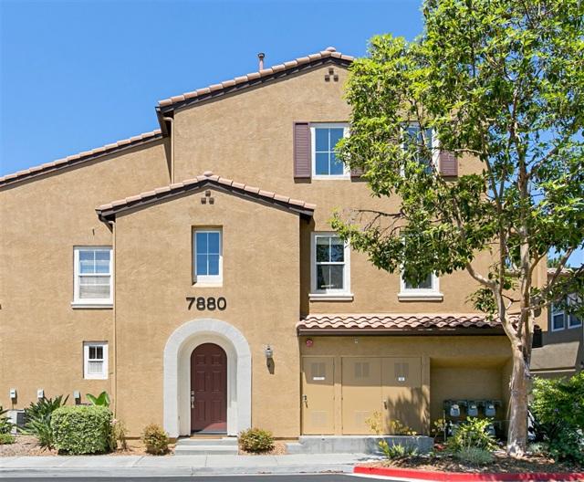 7880 VIA BELFIORE 4, San Diego, CA 92129