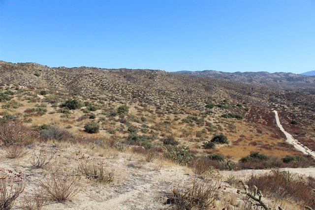 371 Janell Drive, Happy Valley Road, Aguanga, CA 92536