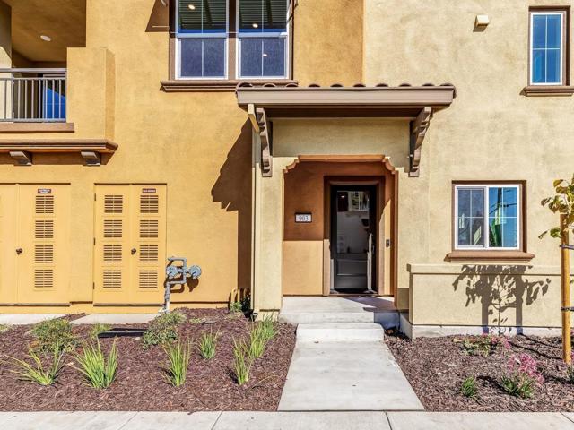 16338 Ridgehaven Drive 903, San Leandro, CA 94577