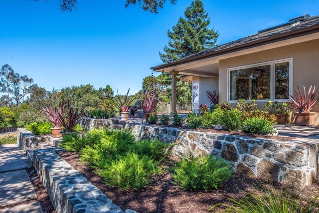 21 La Rancheria, Carmel Valley, CA 93924
