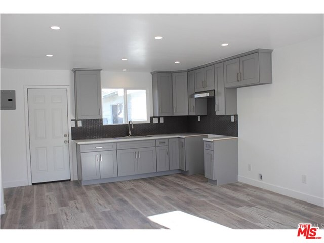 335 65Th, Los Angeles, California 90003, 1 Bedroom Bedrooms, ,1 BathroomBathrooms,For Lease,65Th,20640246
