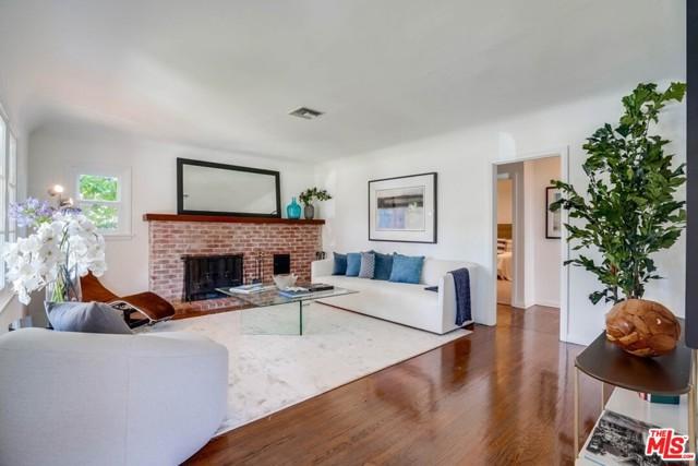 5. 1724 S Carmelina Avenue Los Angeles, CA 90025