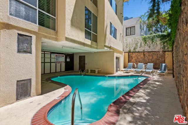 32. 14106 Dickens Street #301 Sherman Oaks, CA 91423