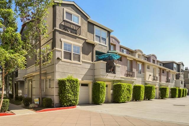 8746 Esplanade Park Ln, San Diego, CA 92123