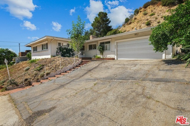 2315 COLDWATER CANYON Drive, Beverly Hills, CA 90210