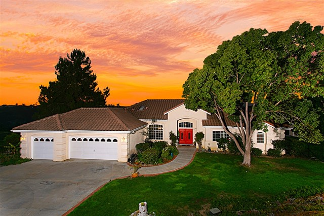 Sellers will entertain offers between $749,000 - $799,000. You'll enjoy year-round, resort style living in this immaculate, turnkey single Level 4BR, 3BA, 2812 SF panoramic view-Home, showcasing spectacular sunsets and surrounding countryside views.Situated at the end of a quiet street on a private 1.27-acre lot with an inviting pool & spa, a separate fenced area for your pets, plus there's plenty of room for all your toys & guests! Located just minutes to shopping, dining & movie theaters. Don't wait!  Other notable interior features include newer tile & carpet flooring, fireplaces in family & master bedroom, A/C, full bath with shower off the pool, indoor laundry with sink, vaulted ceilings, dual sinks, a large soaking tub & separate shower in master bath. Eat-in Kitchen with breakfast nook, granite counters, SS applianes including microwave, dishwasher, new GE oven & referigerator.  This home is layed out nicely with a massive kitchen that opens to the family room with sit-down views, plus a bedroom off to one side is perfect for extended living or guests..  Neighborhoods: Fallbrook Equipment: Pool/Spa/Equipment, Shed(s) Other Fees: 0 Sewer:  Septic Installed Topography: LL,GSL