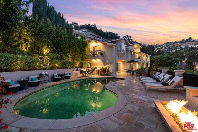 25. 1478 Stebbins Terrace Los Angeles, CA 90069