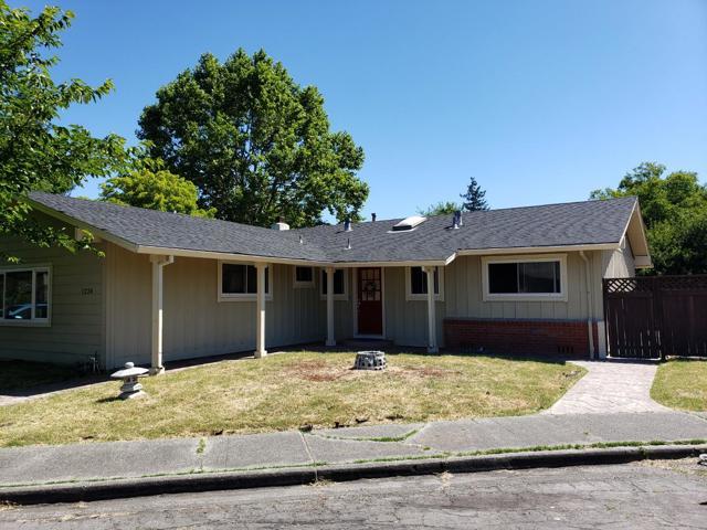1224 Caribou Court, Santa Rosa, CA 95405