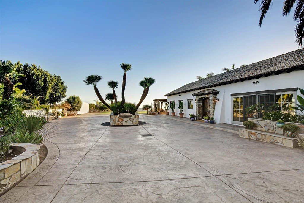 Photo of 2296 Sunshine Mountain Road, San Marcos, CA 92069