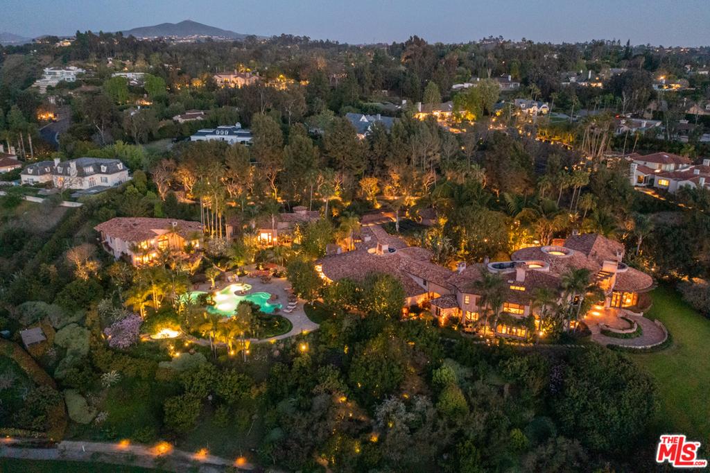 Photo of 5992 Calle Camposeco, Rancho Santa Fe, CA 92067