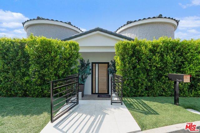 Photo of 3846 Sherwood Place, Sherman Oaks, CA 91423