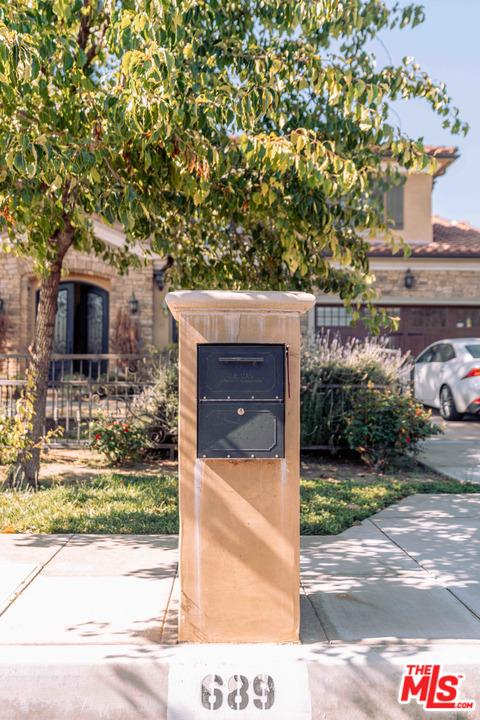 6. 689 W Palm Drive Arcadia, CA 91007