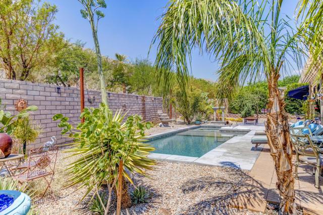 28. 1283 Oro Palm Springs, CA 92262