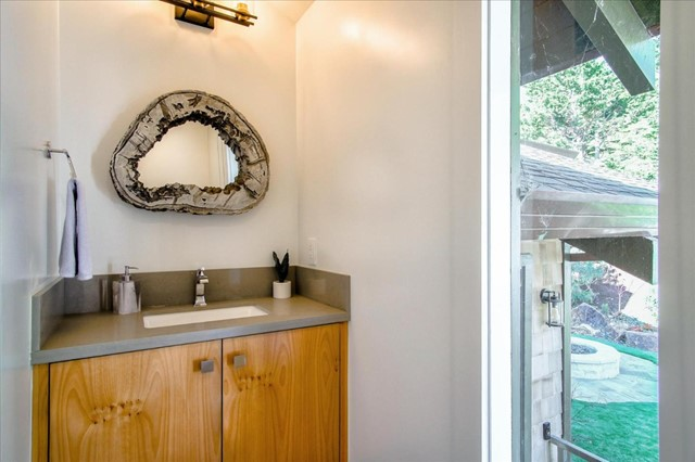201 Spindrift Road, Outside Area (Inside Ca), California 93923, 4 Bedrooms Bedrooms, ,3 BathroomsBathrooms,Single Family Residence,For Sale,Spindrift,ML81822677