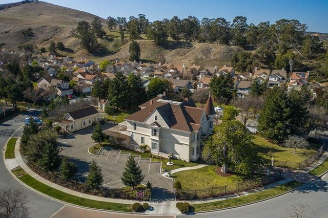 Photo of 100 River Road, Salinas, CA 93908
