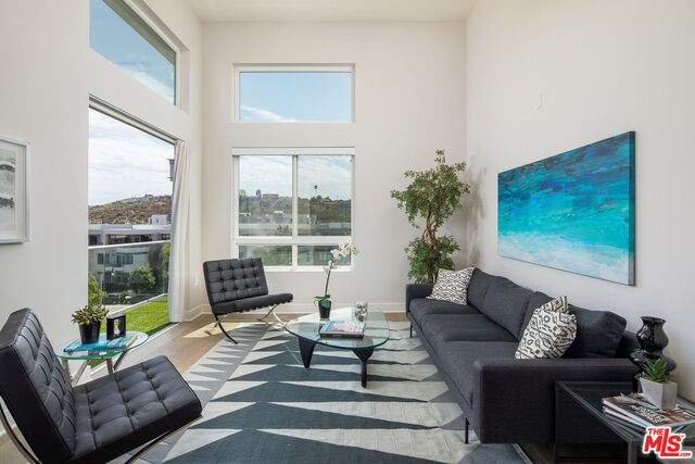 12650 SANDHILL Lane 3, Playa Vista, CA 90094