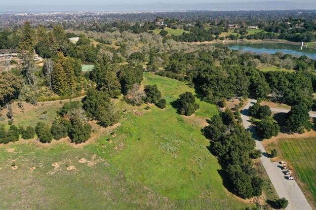 385 Moore Road, Woodside, CA 94062