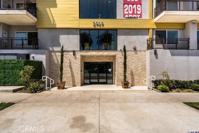 4. 2939 Leeward Avenue #215 Los Angeles, CA 90005