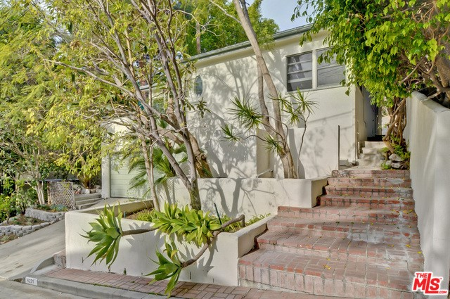 4231 NEWDALE Drive, Los Angeles, CA 90027