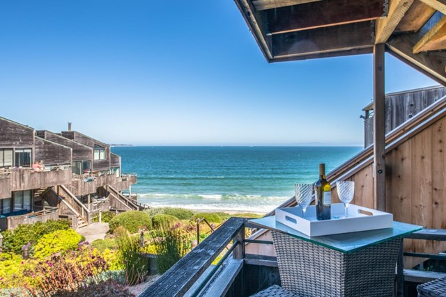 1 Surf Way 136, Monterey, CA 93940