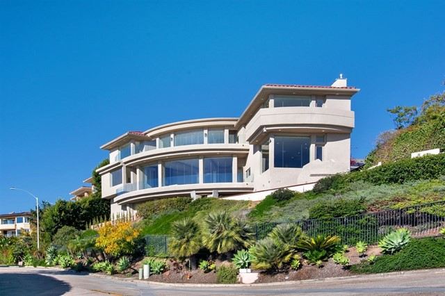 1532 Loring St, San Diego, CA 92109