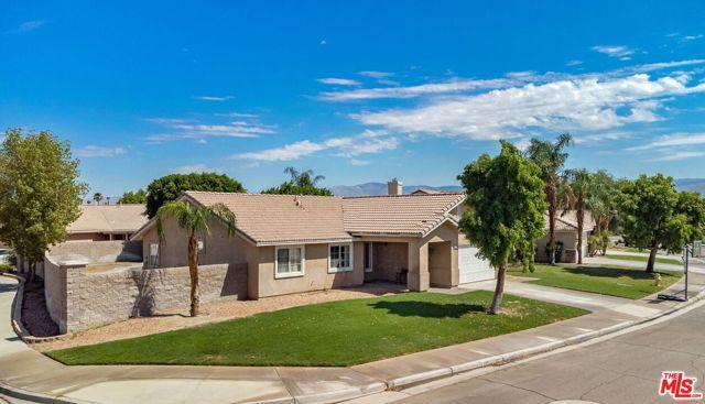 45075 Coldbrook Lane La Quinta, CA 92253