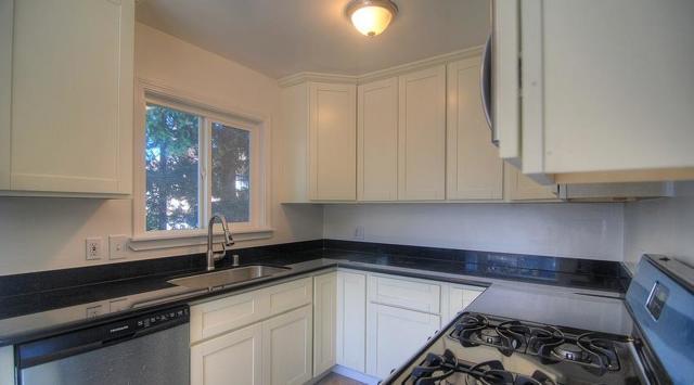 1550 Ebener Street 2, Redwood City, CA 94061