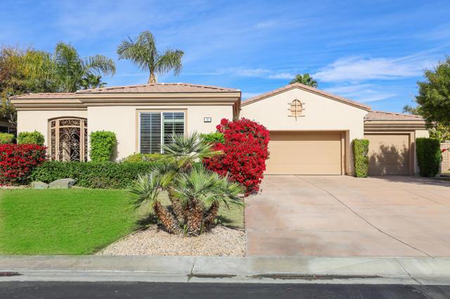 8 Toscana Way W, Rancho Mirage, CA 92270